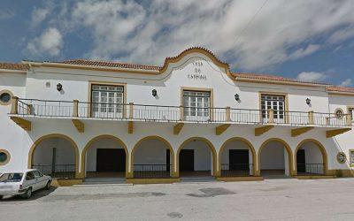 Câmara de Santarém propõe instalação provisória de vendedores do mercado na Casa do Campino