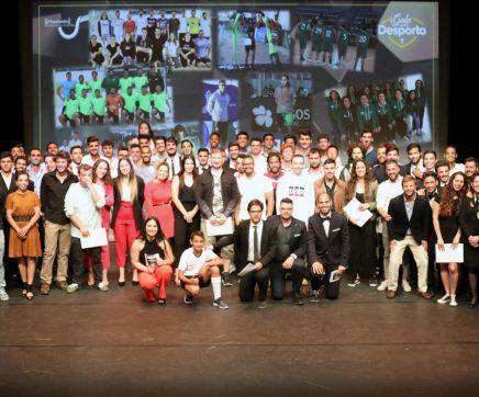 VÍDEO | V Gala do Desporto presta homenagem a Jorge Justino e aos atletas/estudantes da ESDRM