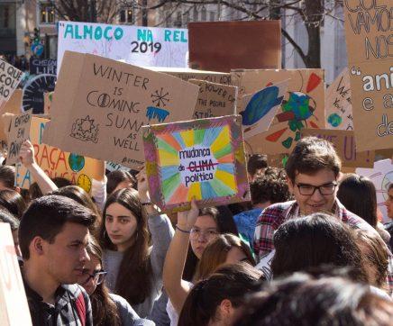 Estudantes de Santarém aderem à greve climática no dia 24 de Maio
