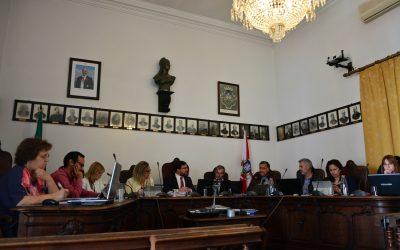 Câmara de Santarém rejeita novas competências enquanto não for conhecido pacote financeiro