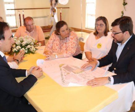 Secretária de Estado Adjunta e da Educação visita Escola de Alcanede