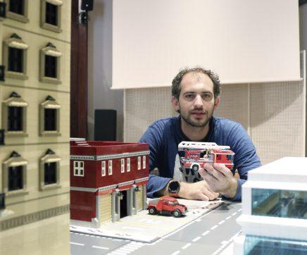 Bruno Silva reconstitui Paço de Almeirim em LEGO
