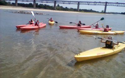 Clube Europeu da Escola D. João II realiza actividade no Rio Tejo