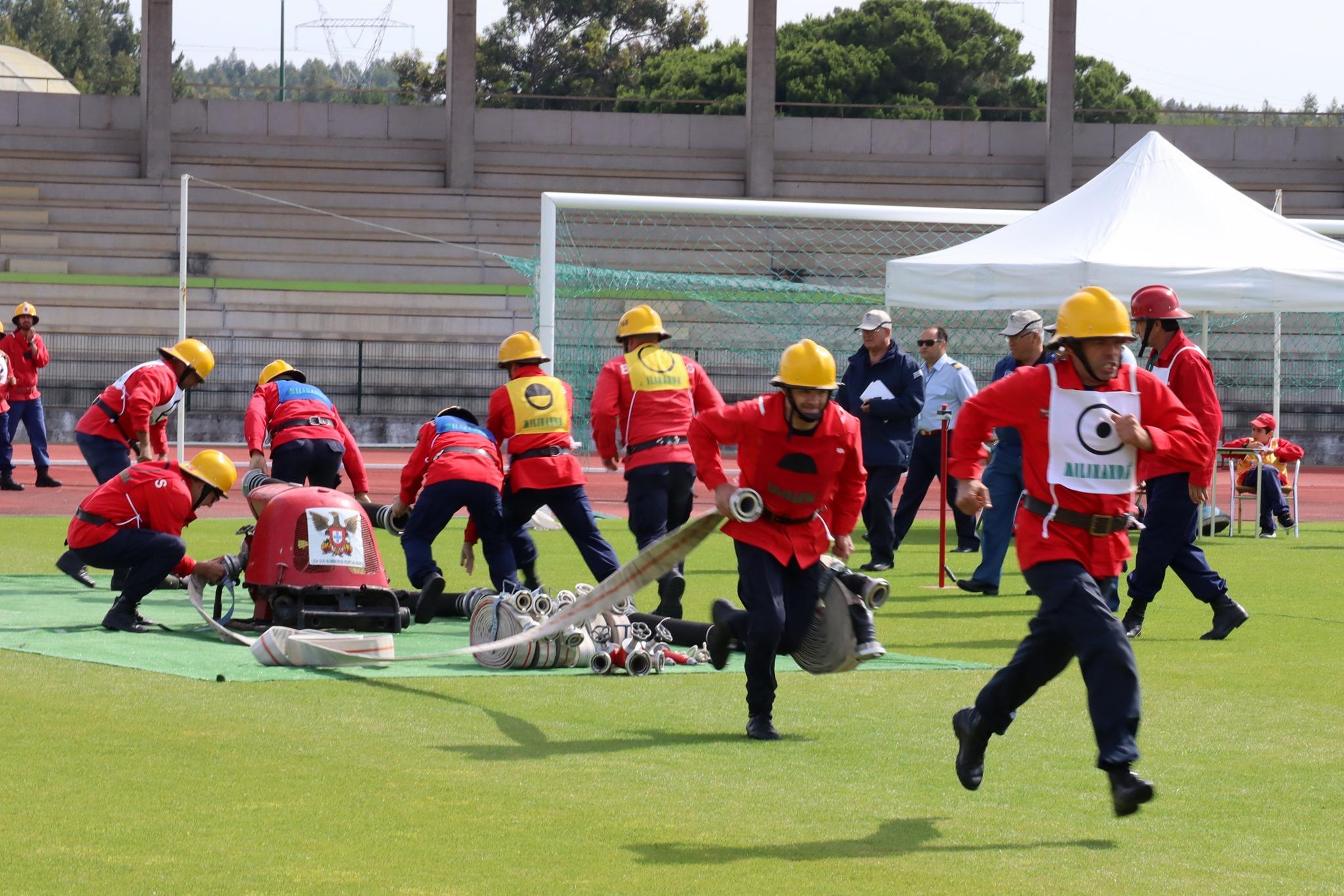 Rio Maior recebe Concurso Nacional de Manobras de Bombeiros