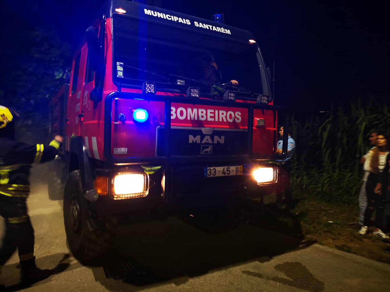 Dois incêndios deflagram em Santarém