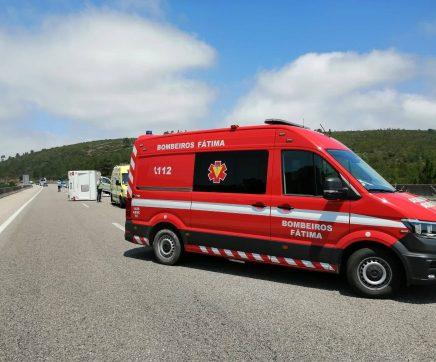 Despiste de autocaravana na A1 provoca quatro feridos