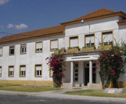 Câmara de Santarém e INIAV assim protocolo para criação do CEAA na Estação Zootécnica Nacional