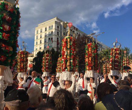 Marcelo elogia tradição e juventude da Festa dos Tabuleiros, em Tomar