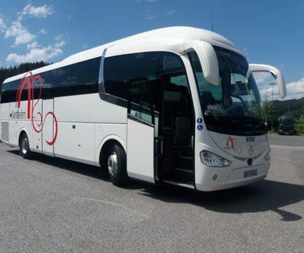 Autarquia de Santarém investe mais de 200 mil euros em novo autocarro