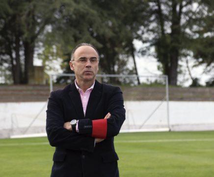 """Jorge Peralta: """"Estou a treinar um dos melhores clubes do distrito"""""""