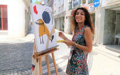 VÍDEO | Artistas do PICTORIN pintam telas nas ruas da cidade de Santarém