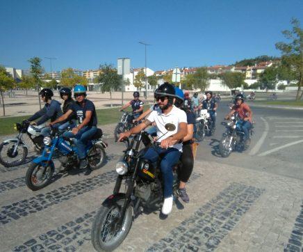 Motorizadas de todas as idades no XII 'Tira Ferrugem' em Ourém