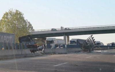 Despiste de camião condiciona trânsito na A1 em Santarém