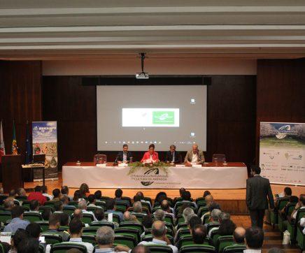 Seminário Internacional sobre a Amêndoa reúne mais de 300 pessoas na Escola Agrária de Santarém