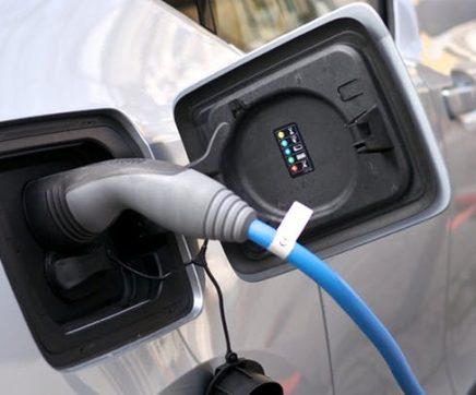 PSD questiona Governo sobre ausência de postos de abastecimento eléctrico no Médio Tejo