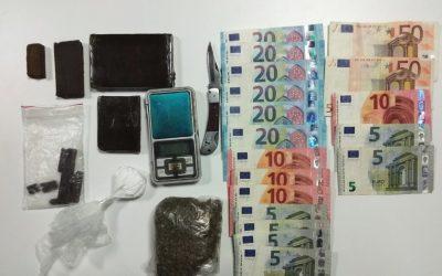 Suspeito de tráfico de droga detido com mais de 400 doses de estupefacientes