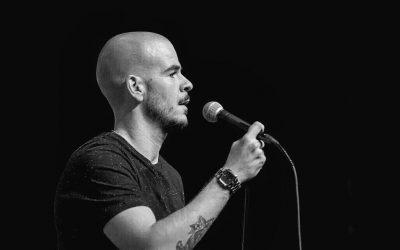 Humorista Luís Franco Bastos apresenta 'Consciente' no Teatro Virgínia