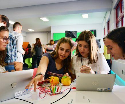 VÍDEO   Escola D. João II, em Santarém, recebe Sala do Futuro