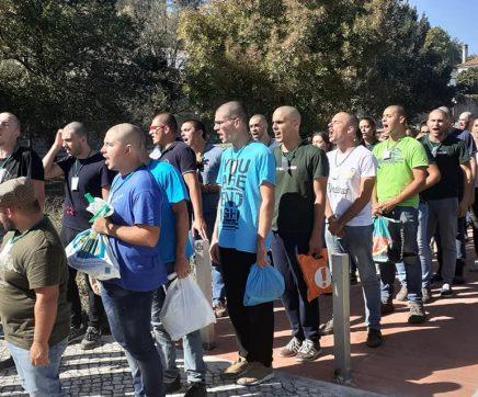 Caloiros da ESAS recolhem resíduos em praxe solidária
