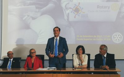 Rotary de Santarém reconhece mérito escolar