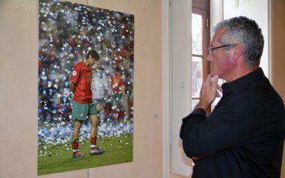 Vítor Neno celebra 25 Anos de carreira com exposição retrospectiva