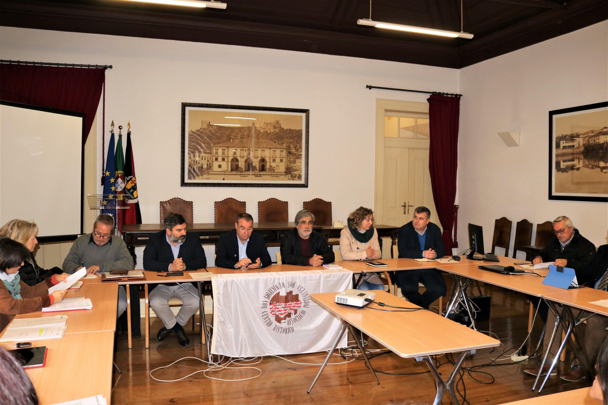 Associação de Municípios com Centro Histórico reuniu hoje em Tomar