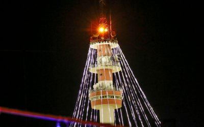 Abrantes acende árvore de Natal com 75 metros de altura