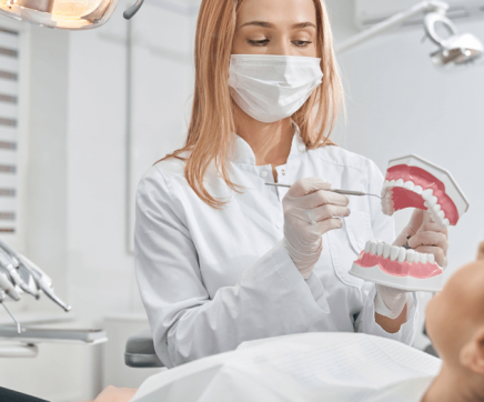 Governo quer consultório dentista em todos os Agrupamentos de Centros de Saúde
