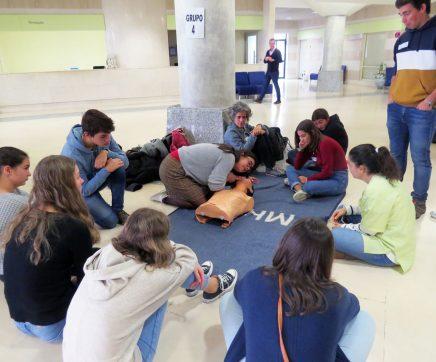Estudantes aprendem a salvar vidas no CHMT