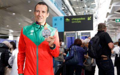 """""""A conquista de uma medalha é a realização de qualquer atleta"""""""