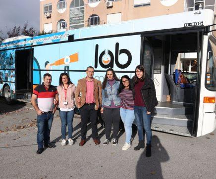 Laboratório móvel leva tecnologia aos agrupamentos de Santarém