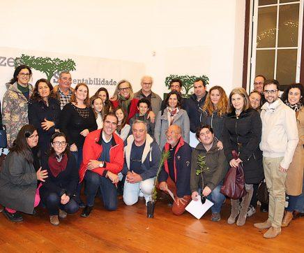 Câmara entrega 1170 árvores a famílias e a juntas de freguesia