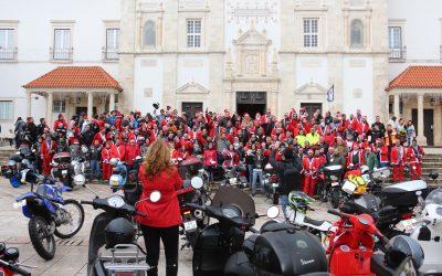 300 Pais Natal Motards desfilaram pelas ruas de Santarém