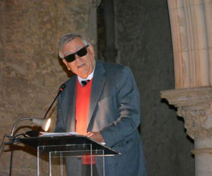 O Professor Doutor Joaquim Veríssimo Serrão, em Santarém, ergue e inscreve um Centro de Investigação no Futuro
