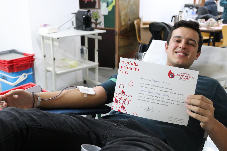 FOTOGALERIA | 11 novos dadores na recolha de sangue no Correio do Ribatejo