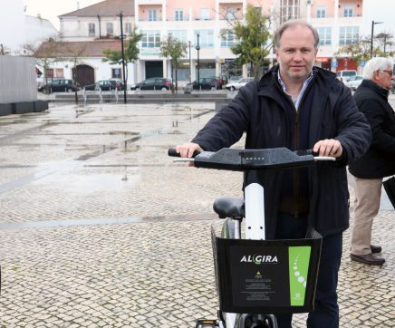 VÍDEO | Almeirim inaugura o ALGIRA, um novo sistema de bicicletas partilhadas