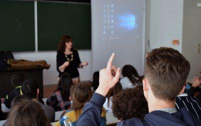 Notas do segundo período comunicadas directamente pelas escolas aos alunos