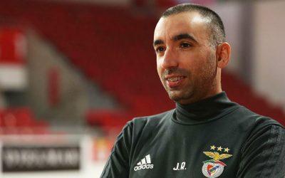 Treinador do SL Benfica dá formação de Futsal na AF Santarém