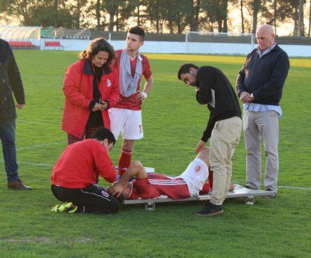 Carlos Saavedra, jogador da UDS, operado com sucesso a lesão no nariz