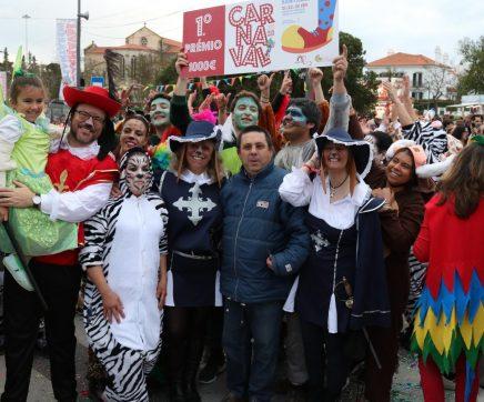 VÍDEO E FOTOS   CCCD das Abitureiras vence desfile de Carnaval em Santarém