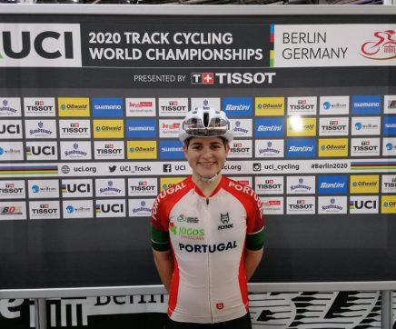 Maria Martins conquista bronze no mundial e volta a fazer história no ciclismo feminino nacional