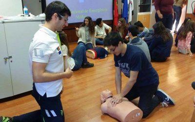 Unidade de Cuidados na Comunidade organiza Mass Training em Suporte Básico de Vida