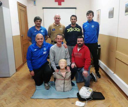 Elementos do Vitória Clube de Santarém aprendem a salvar vidas com a Cruz Vermelha