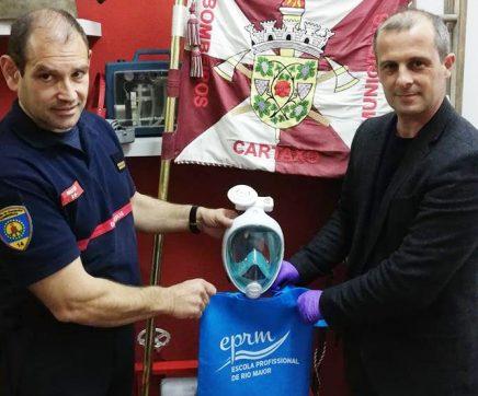 EPRM colabora na construção de máscaras de protecção com os Bombeiros do Cartaxo
