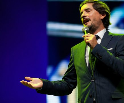 Fadista Rodrigo Costa Félix apresenta novo álbum nas Festas de S. José