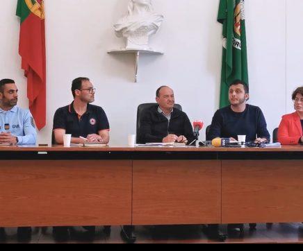 Câmara de Coruche reduz horários e suspende actividades