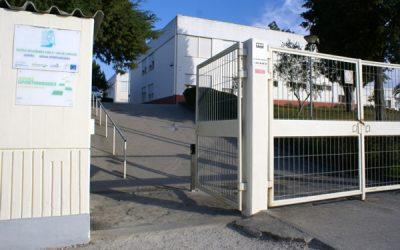 Aluna infectada com Covid-19 leva pais a pedir fecho de escola em Coruche