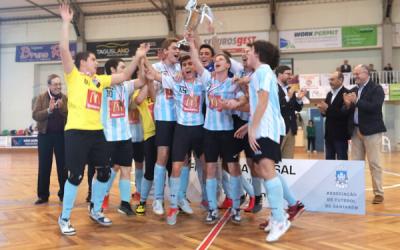 Vitória de Santarém conquista a Taça do Ribatejo de juvenis e juniores em Futsal