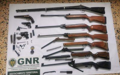 Homem detido por posse ilegal de arma de fogo
