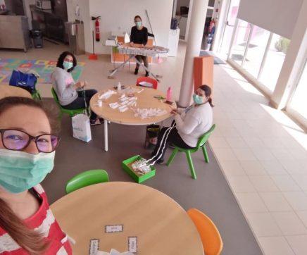 Projecto 'Máscaras de Afectos' em Abrã cria máscaras para IPSS da região